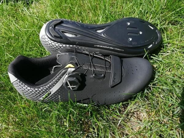 Northwave Core Plus 2 Wide schwarz silber Rennradschuh