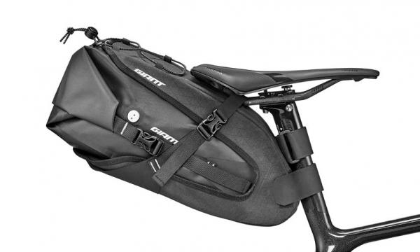Giant H2PRO Sattel Tasche M schwarz